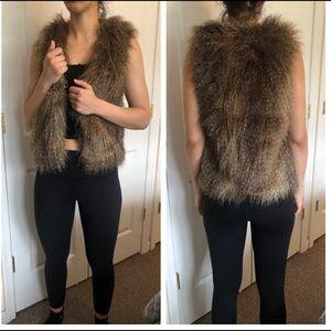 H&M Faux Fur Vest XS